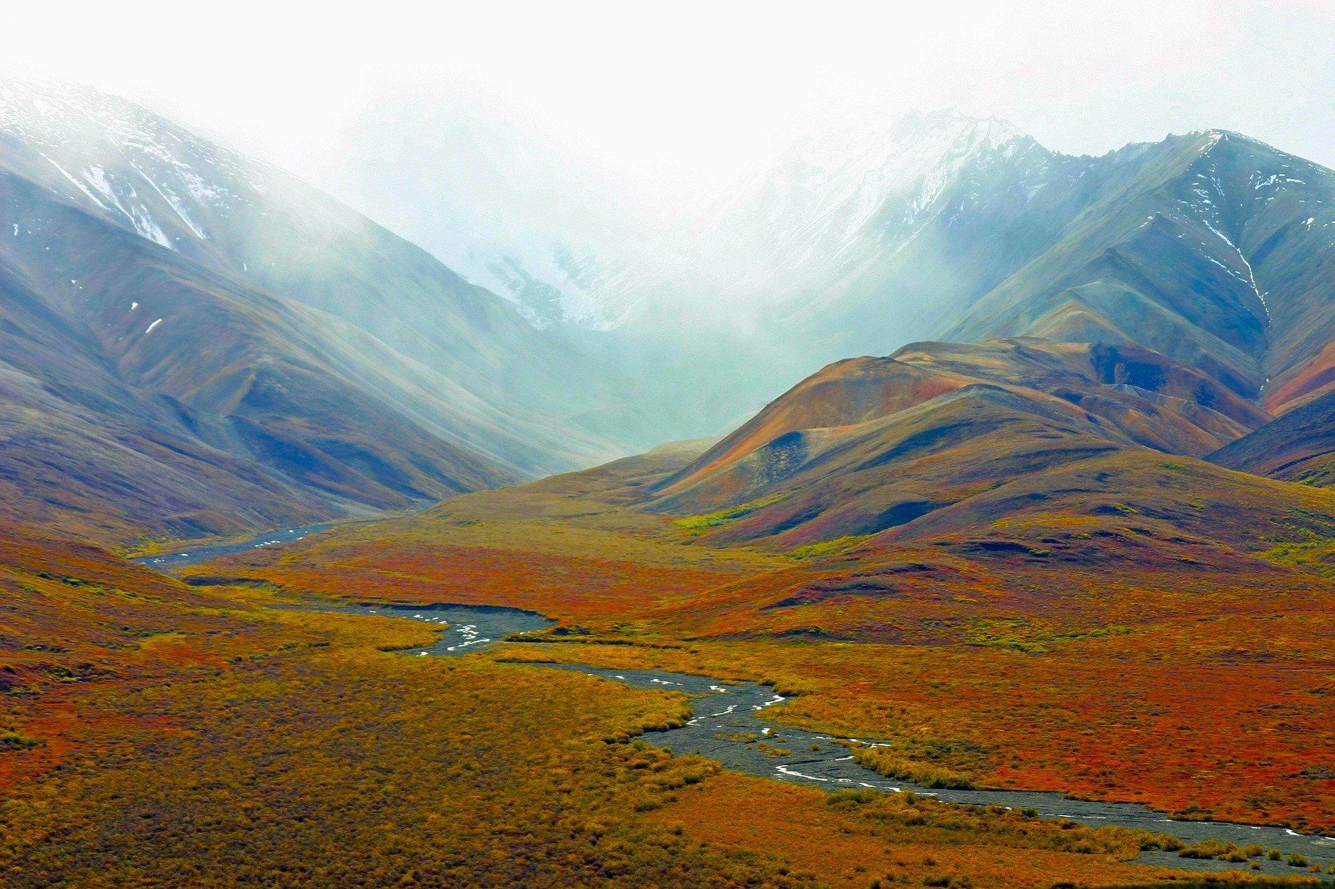 Alaska mountain scenery